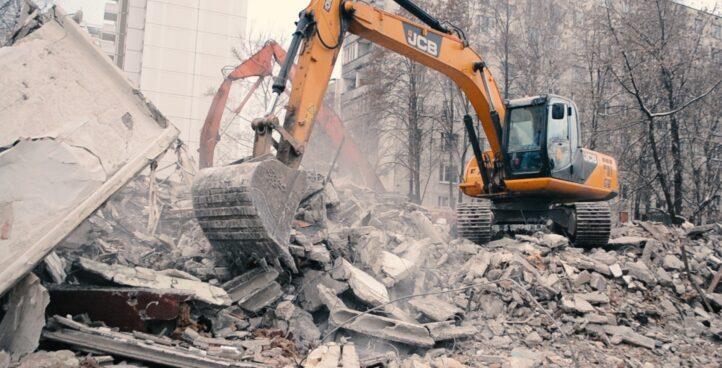 Демонтаж зданий бетонных